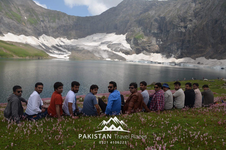 Group at Ratti Gali Lake PTP